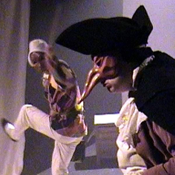 Spectacle de Commedia dell'Arte pour Jeune Public de Philippe Pillavoine L'île du trésor oublié avec Anne-Marie Laussat Arlequin Capitan